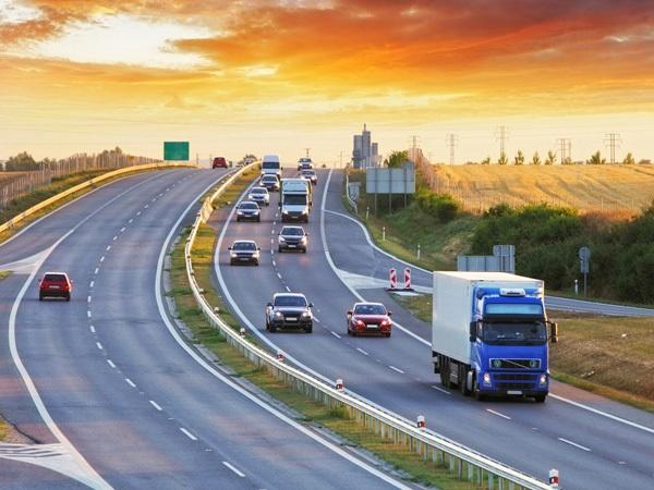 Transport FTL i LTL – zastosowanie, różnice, zalety
