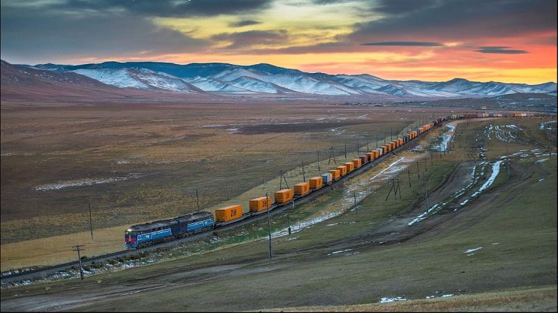 Transport drobnicowy w spedycji kolejowej międzykontynentalnej